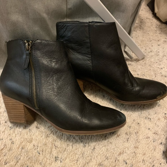 Crown Vintage Shoes - Black Leather Ankle Boots